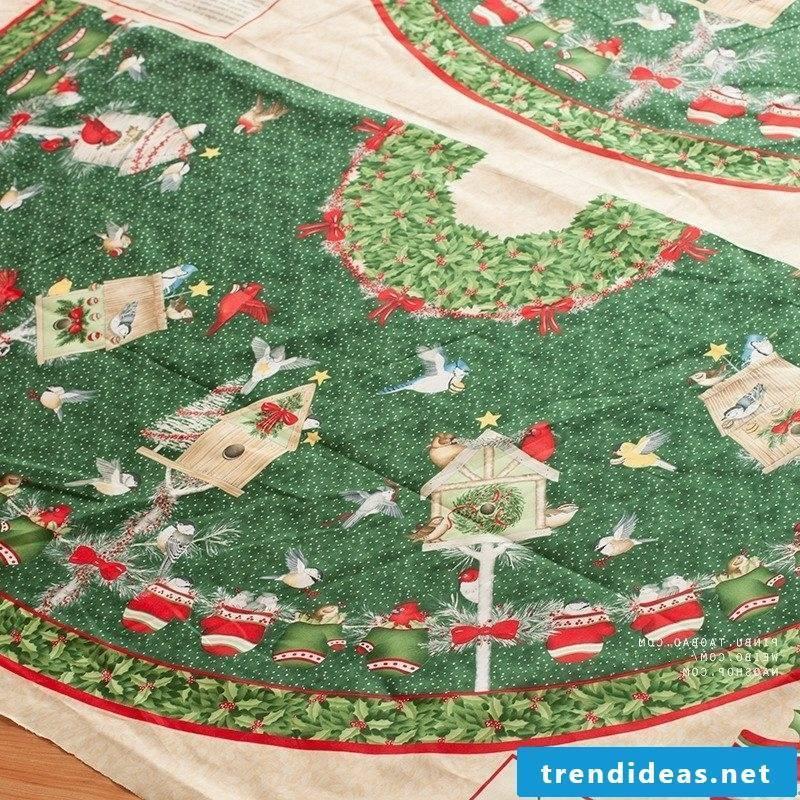 tablecloth near christmas