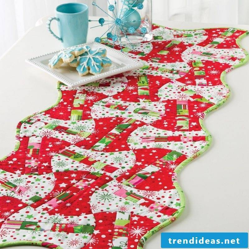 table runner-christmas-diy