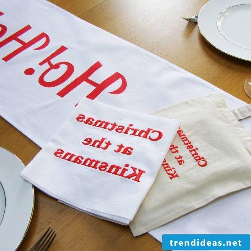 table runner-christmas-with-uberschrift