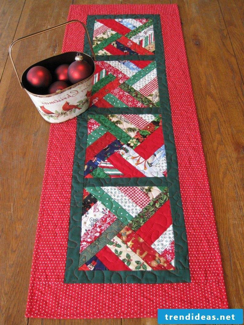 table runner-christmas-of-three-kinds-materials