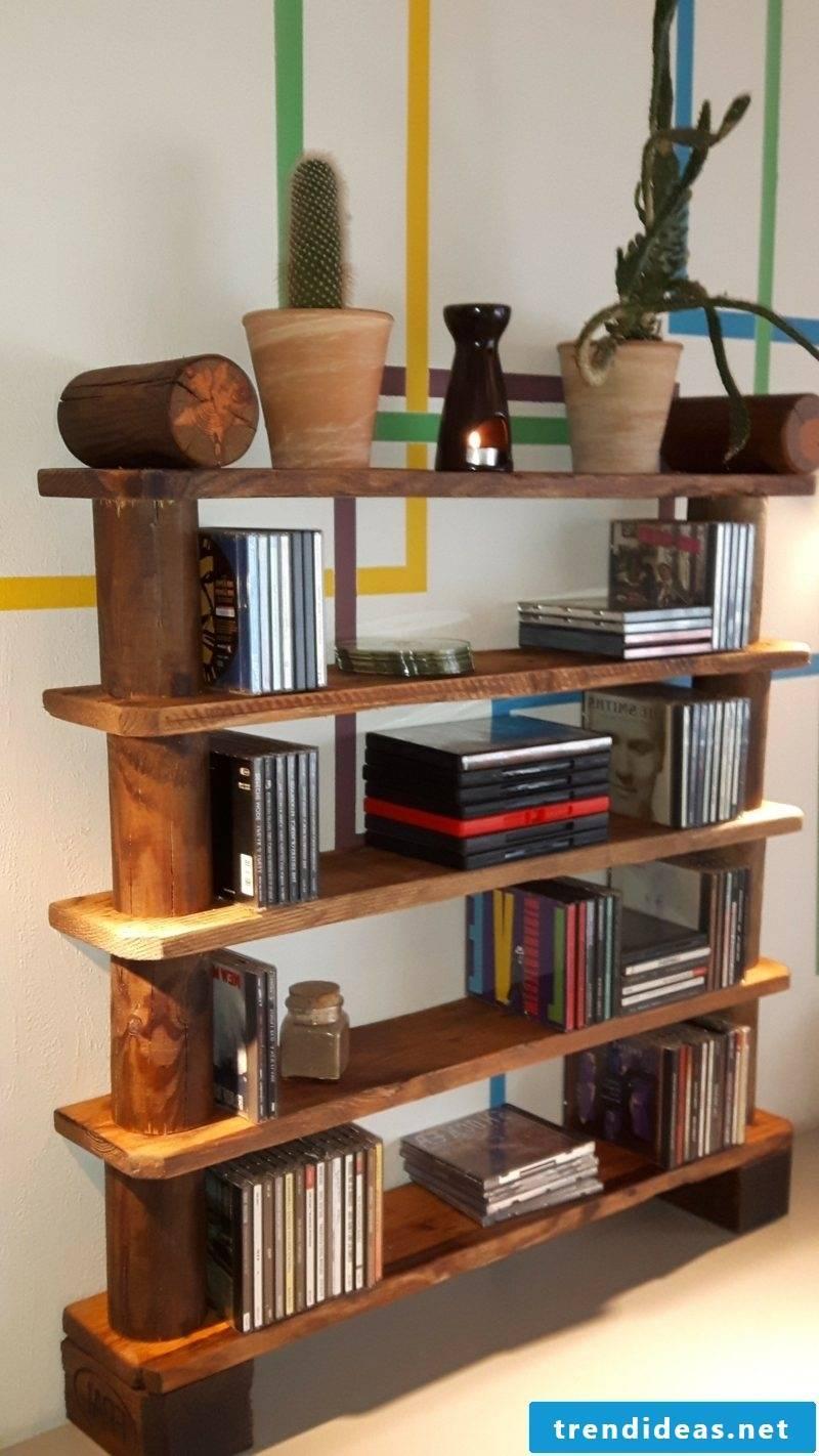 Build a shelf of pallets