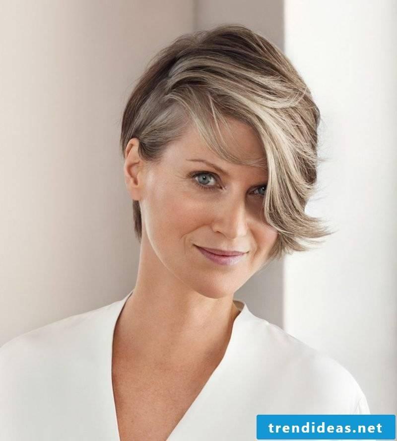 Short hairstyles women 2017 modern asymmetric
