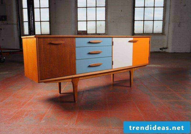After you have built Sideboard yourself, bring a personal touch with deco