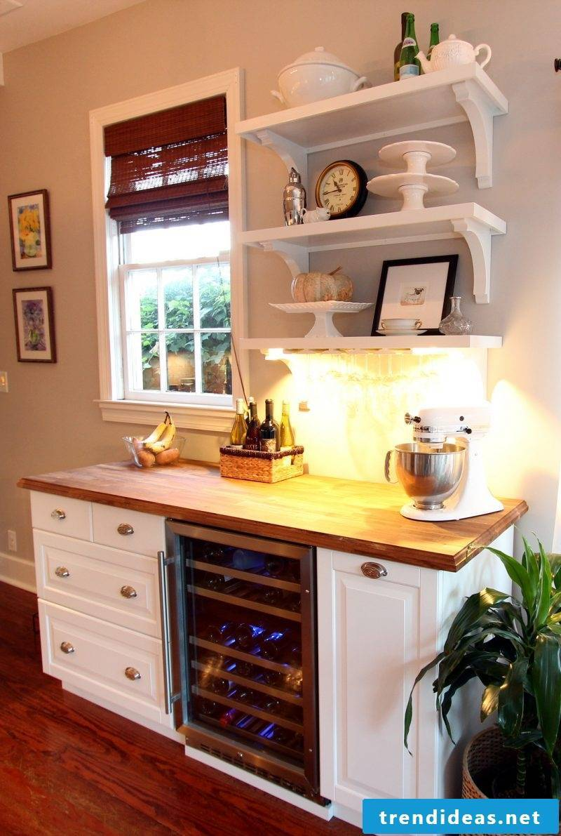Sideboard build yourself and set up the kitchen in country style