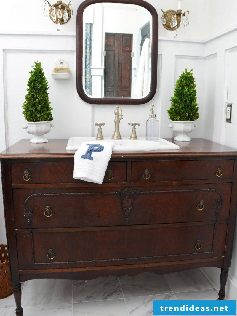 Build sideboard yourself and bring rustic in the bathroom
