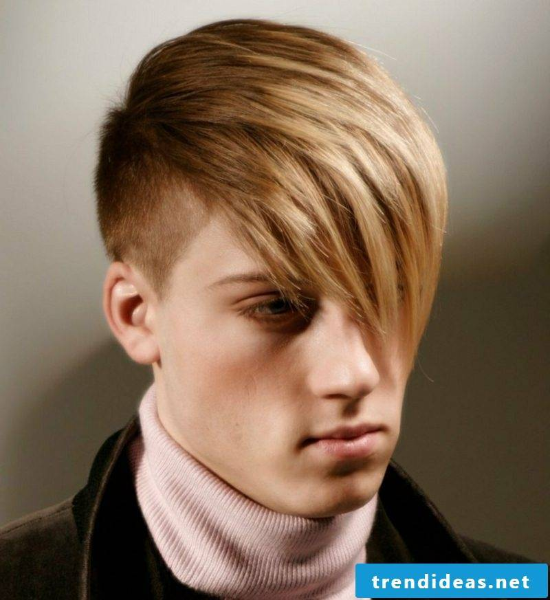 Step cut long hair sidecut hairstyle with long pony man