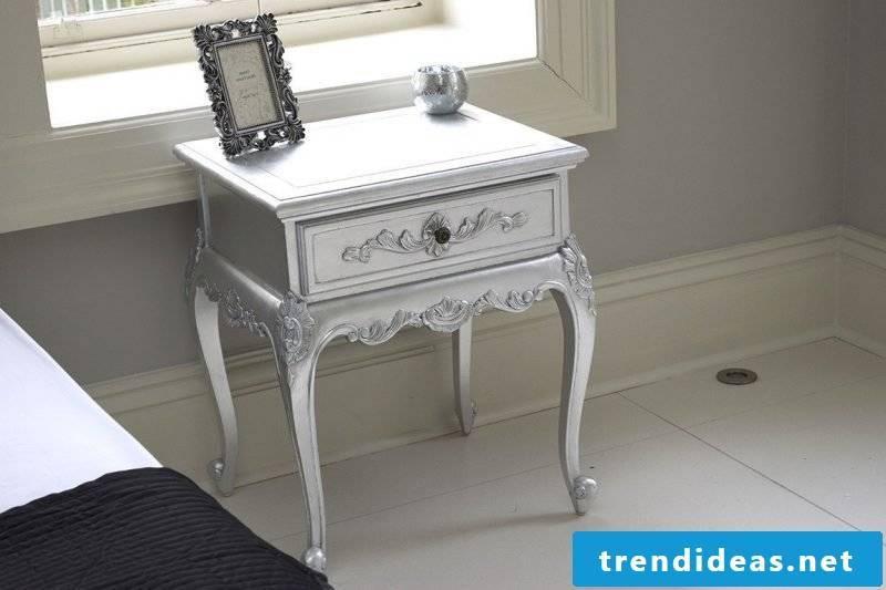Mini bedside table in silver.