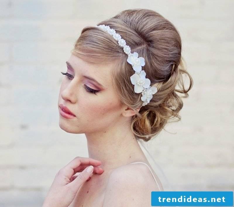 Hairstyles medium length hair wedding