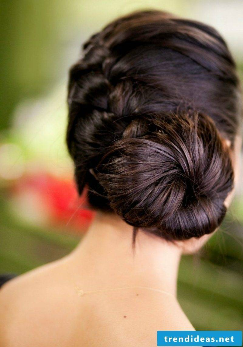 Easy updos to make your self