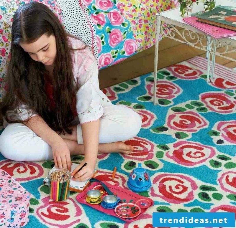 Nursery carpet for girls are with flowers