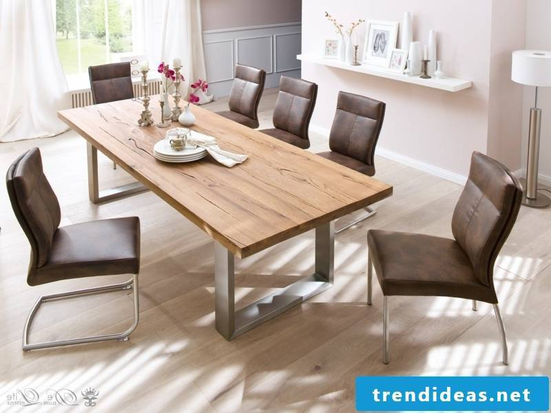 Crispin kitchen table