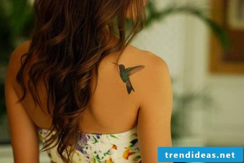 tattoo hummingbird-cf6bcf51f83bb8ae5250f16713a5f0de
