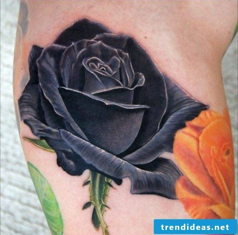 Tattoo black rose