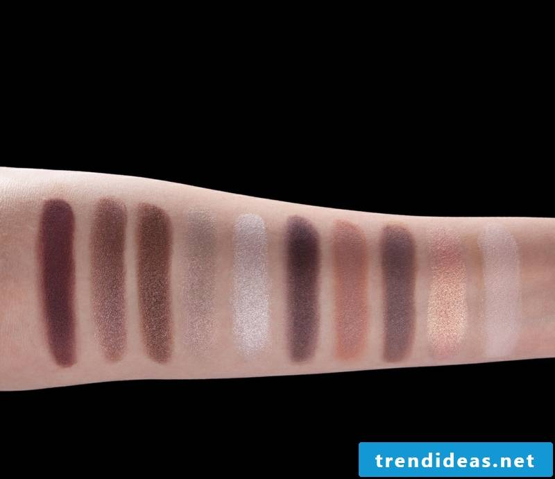 color-taupe-en-taupe eyeshadow palette-l-04
