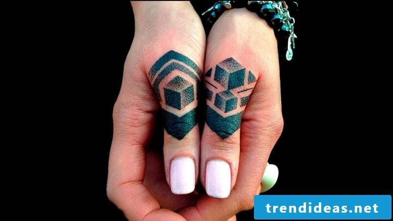 Finger Tattoo Pyramid