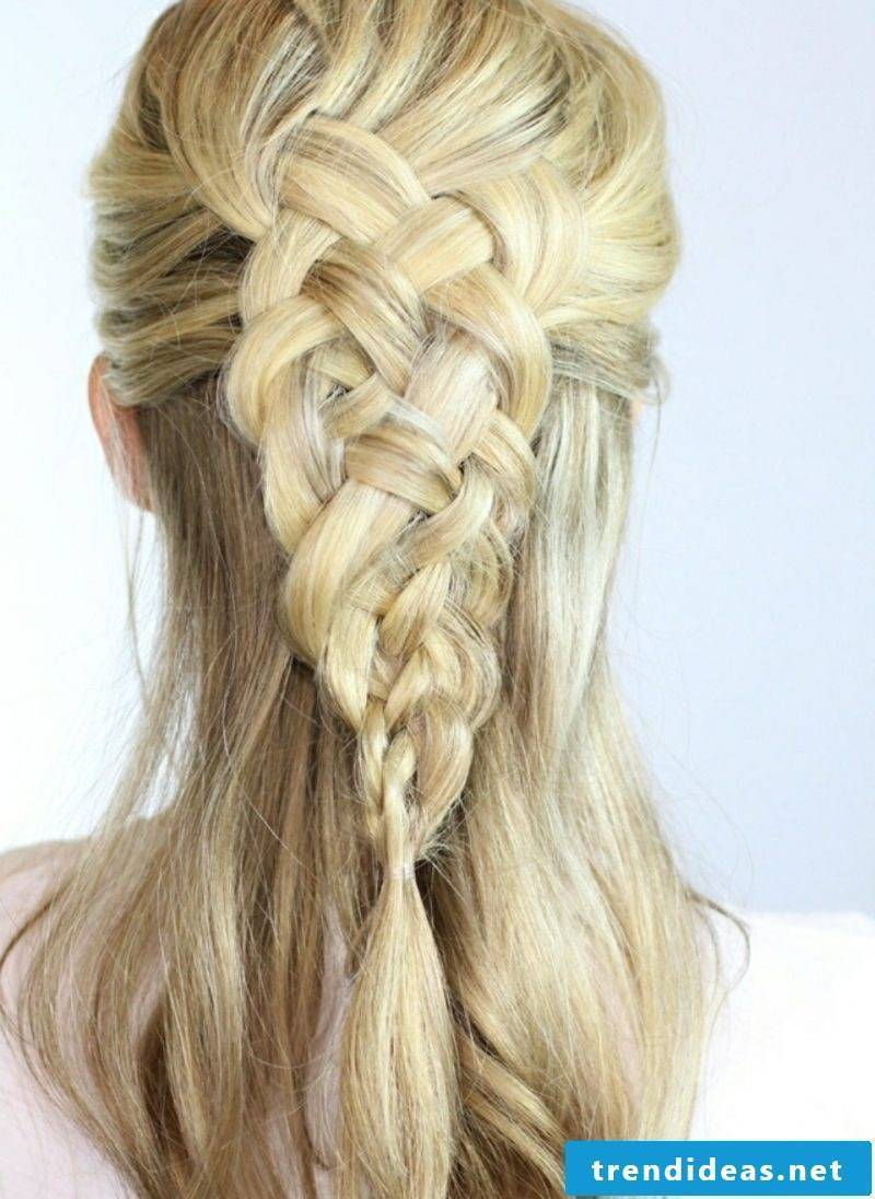 Hairstyles make long hair yourself Octoberfest