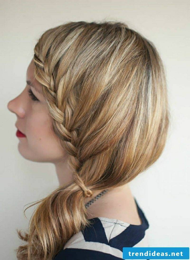 Hairstyles braid laterally Octoberfest