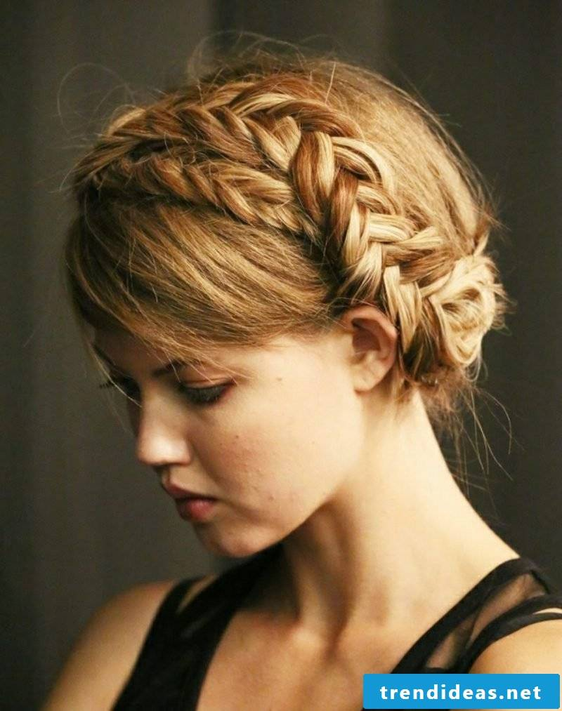 Braided hairstyles long hair instruction Octoberfest