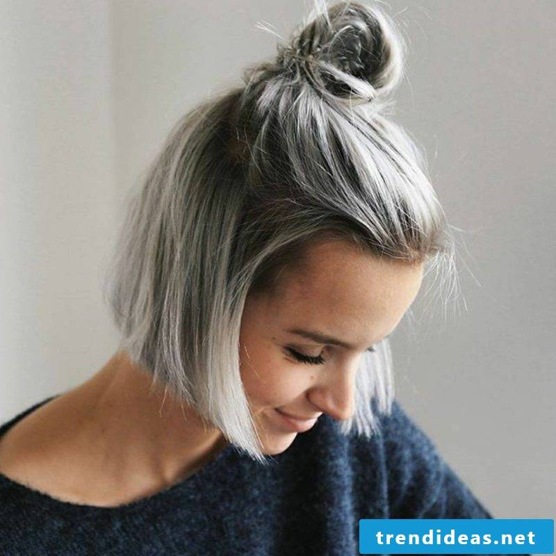 The brand new coiffure development - grey hair coloring
