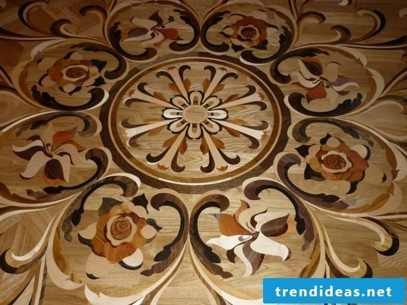 Flower decoration on the parquet floor
