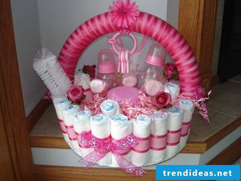Instructions diaper cake baby shower