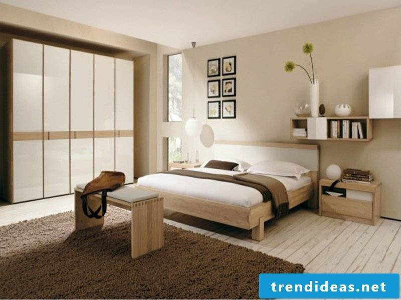 plain neutral colors in the bedroom