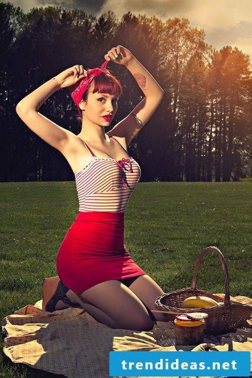 Rockabilly hairstyle - feminine and sexy