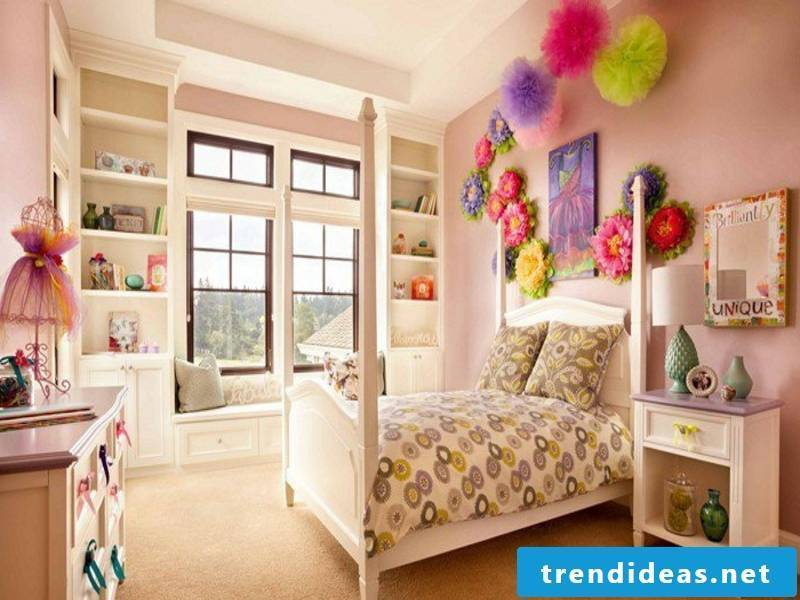Pastel colors in the girl's room