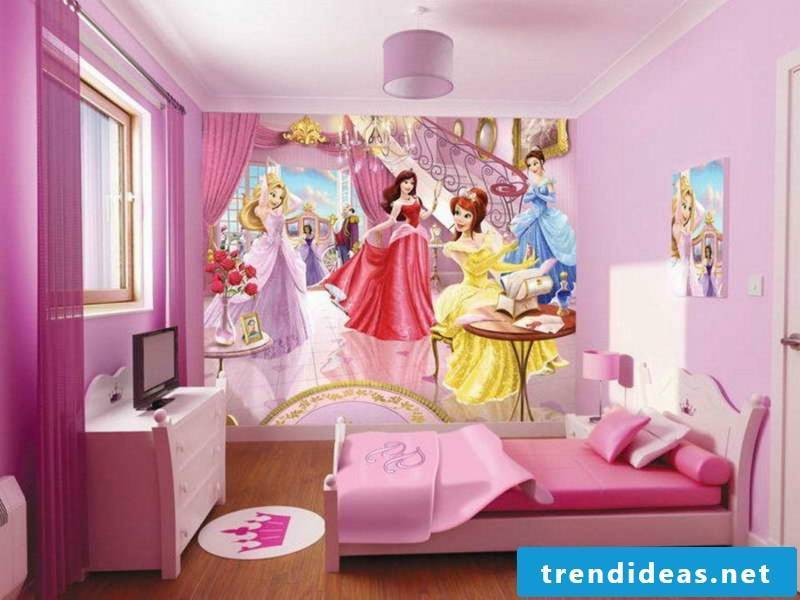 Pink color and wallpaper in the girl's room