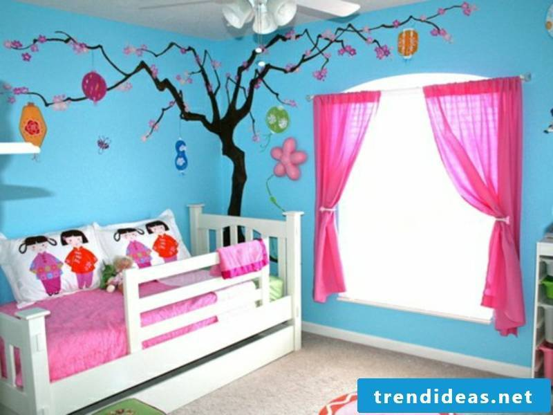 blue color scheme in the nursery