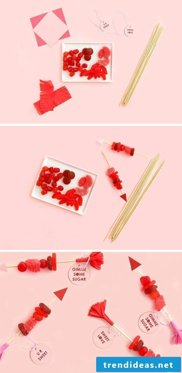 Make Valnetin's Day Gifts - Instructions for Candy Skewers