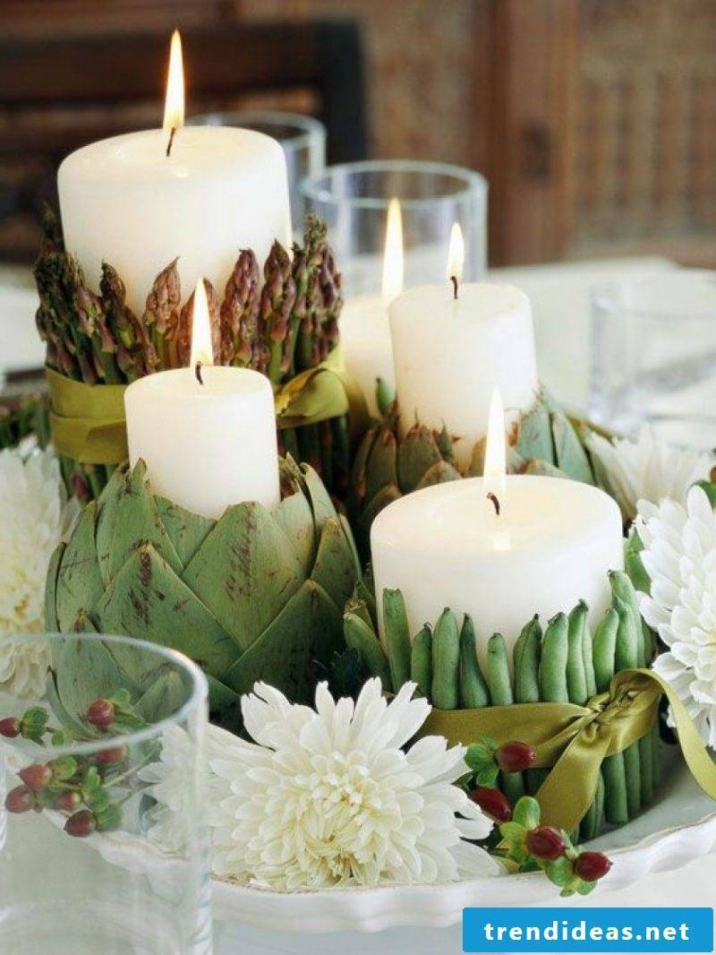 Autumn table decoration with candles