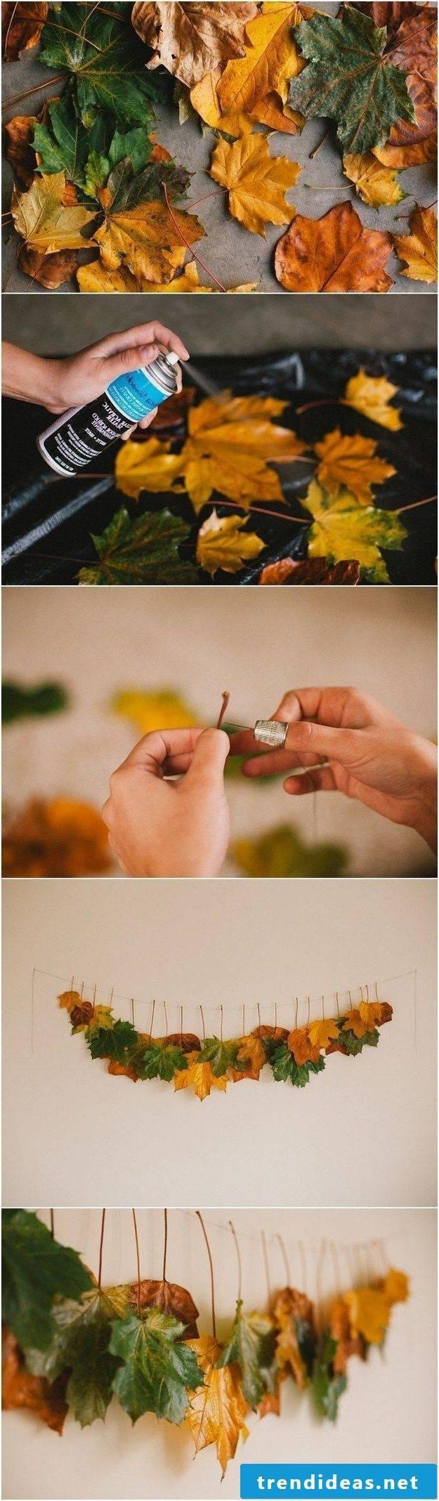 Decorative table autumn leaves