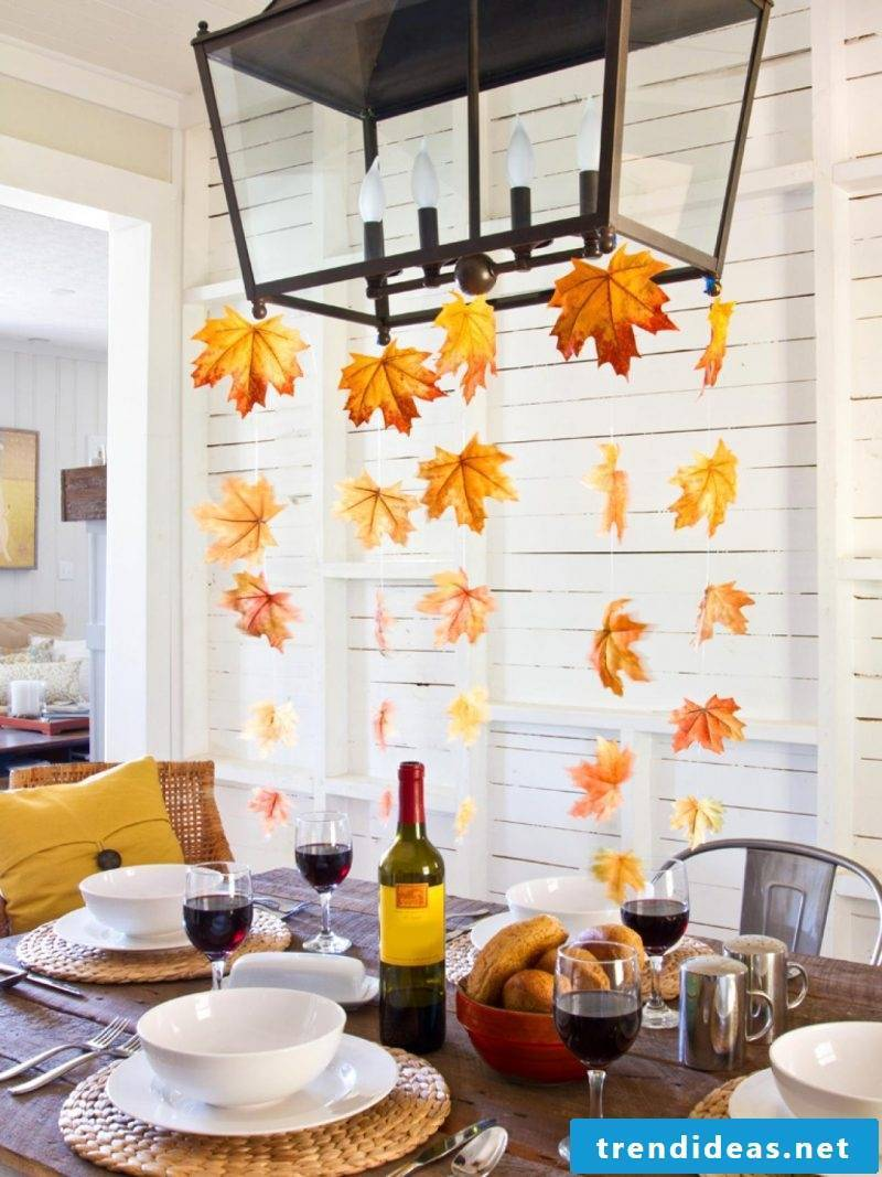 Table decoration Autumn garland with autumn leaves