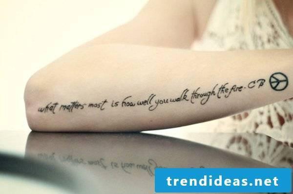 short tattoo writings women men hand tattoo saying