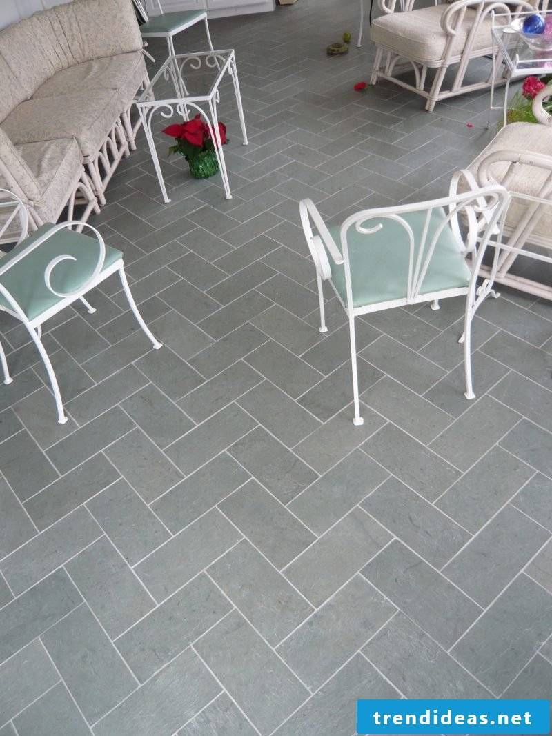 Tile laying pattern Fischgraetverband