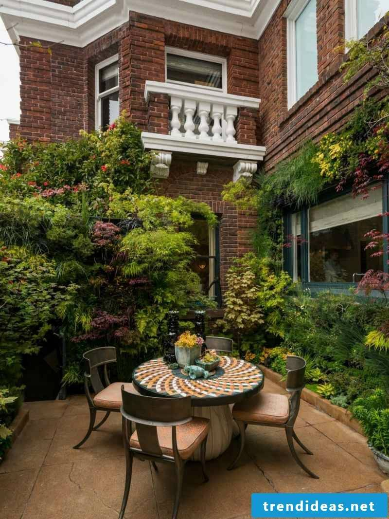 vertical garden urban land house terrace lush planting