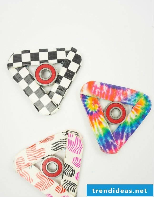Fidget paper spinners