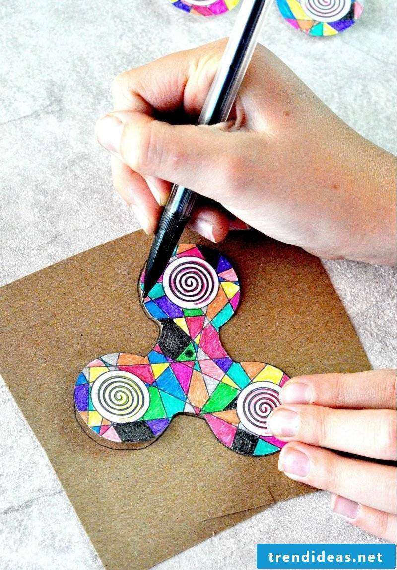 Make fidget spinners yourself