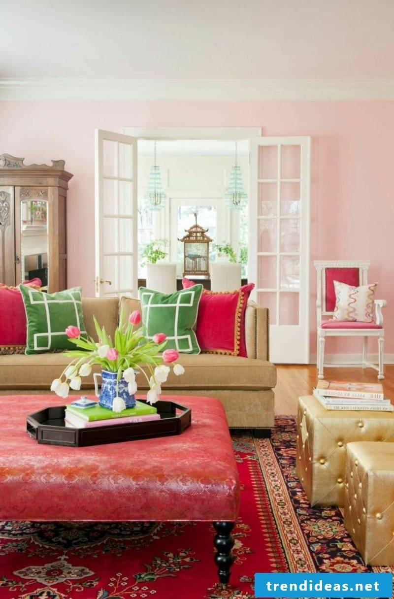 Old pink wall color living room oriental style