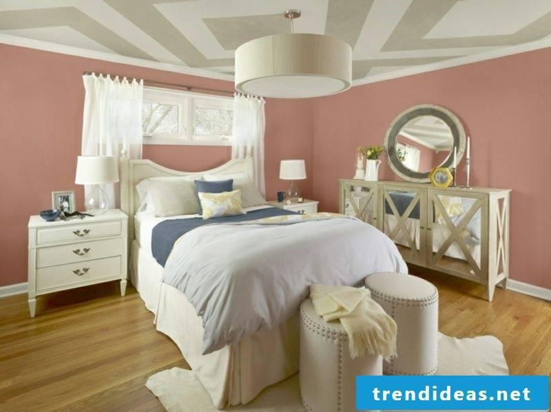 Old pink wall bedroom ceiling geometric pattern modern