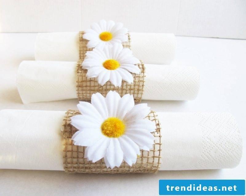 simple wedding napkins