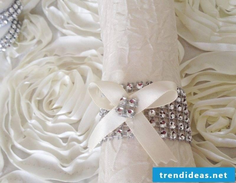 decorated wedding napkins
