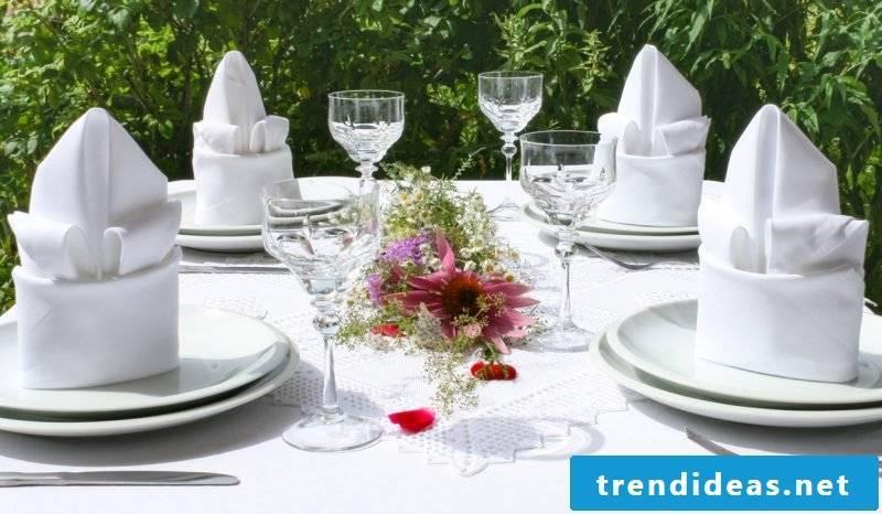 wedding napkins lily