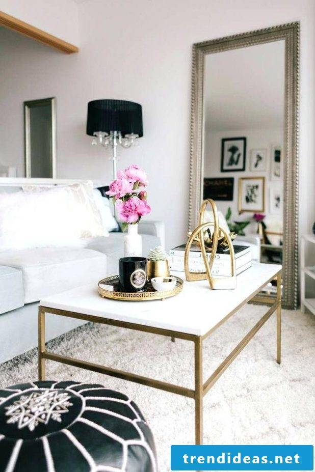 The golden touch peps up your home decor very well.