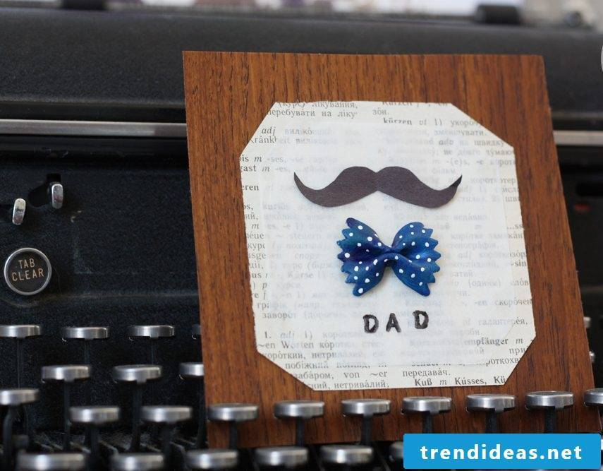The homemade Father's Day card with pasta is the best way to wish your father a Happy Father's Day