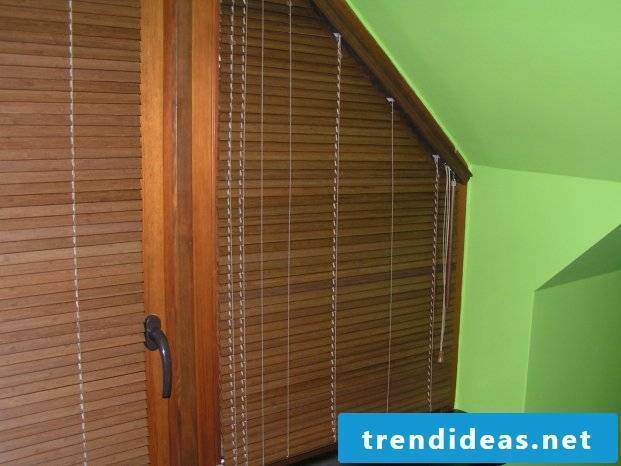 Attic and wooden blinds - an interesting combination
