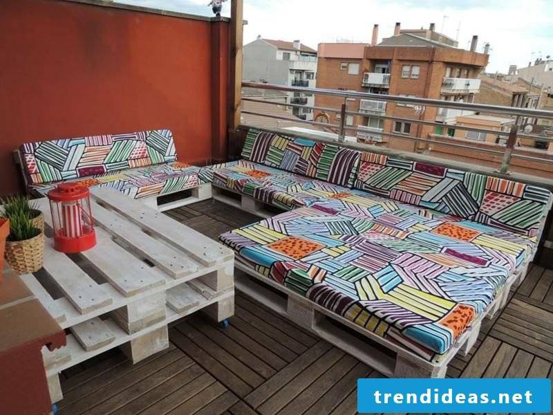 Pallet sofa gorgeous look original upholstery